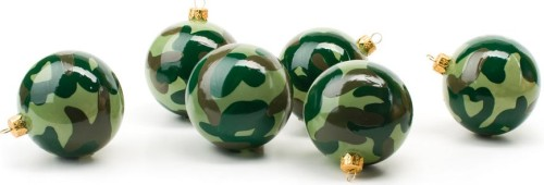 camuflage ornament christmas tree