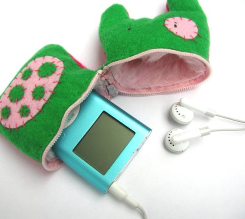Color Spotted Monster iPod