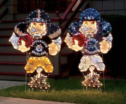 "NFL â""¢ Yard Art With Lights"