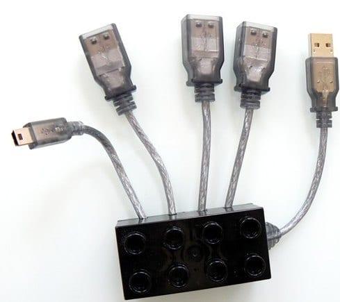 4 PORT Cable-Hub 3xUSB 1xMini USB in a original LEGO