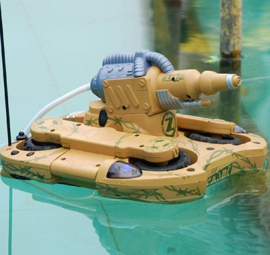 Transforming Amphibious Tank with Water Cannon and 4WD