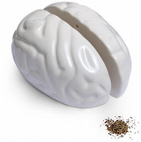 bac5_brain_salt_and_pepper_shakers
