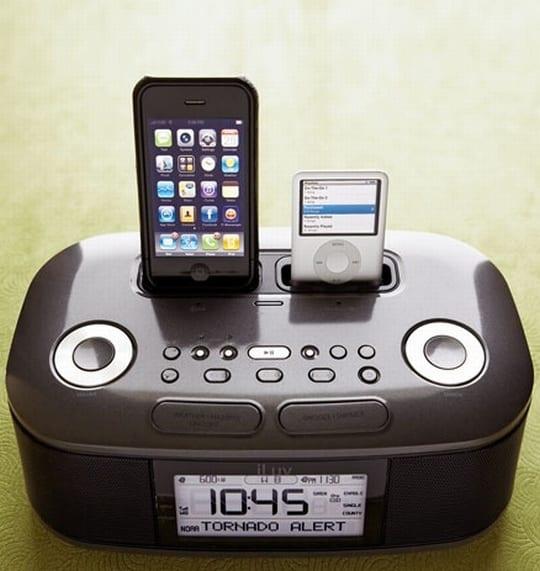 Dual iPod Docking Clock