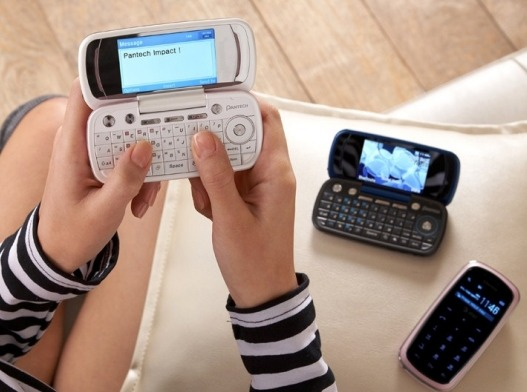 Pantech to launch its Qwerty messaging phone 'Impact' in the U.S