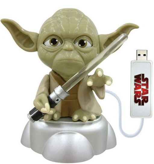 USB Yoda with Illuminated Light Saber