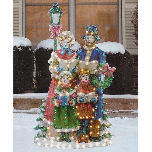 Christmas Caroler Family By Lamp