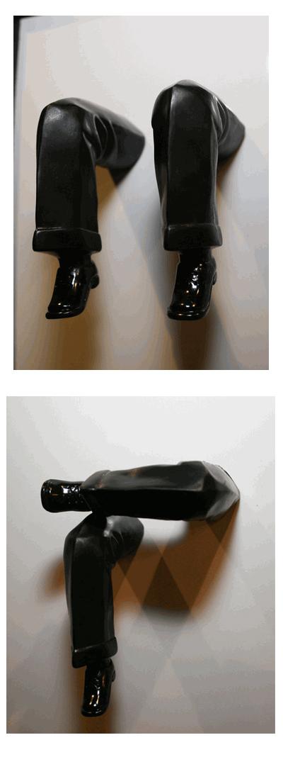 Magnetic Legs