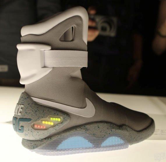 Nike_Air_Mag_1