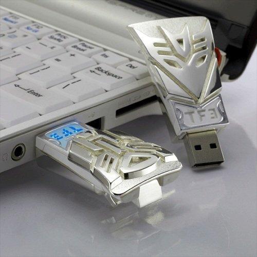 Autobot 8GB USB Flash Drive