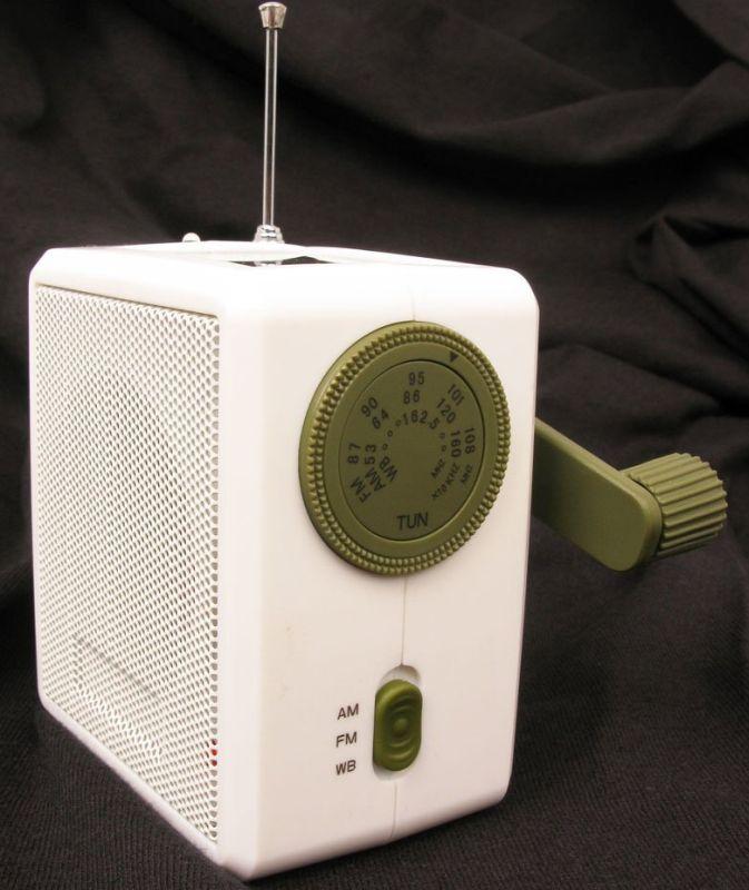 Dynamo Solar and Crank Emergency Radio