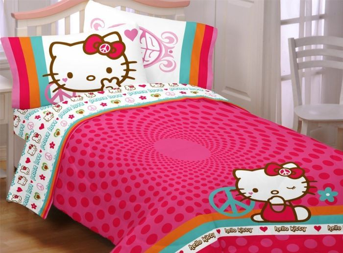 Hello Kitty Peace Kitty Sheet Set