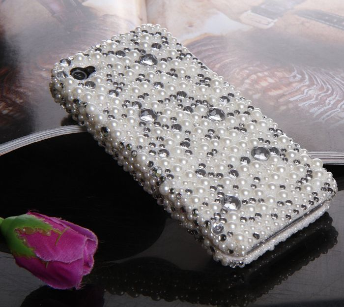 Crystal Snap on Full Cover Case for AT&T Verizon Sprint iPhone 4 iPhone 4S (4-3D White Pearl)