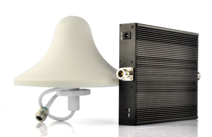 Cell Phone Signal Booster with Auto Level Control