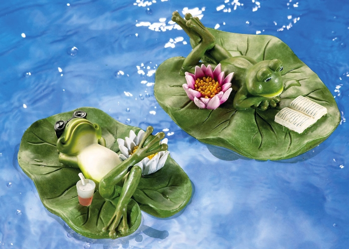 Floating Frog Pair On Lilypads Pond Decorations