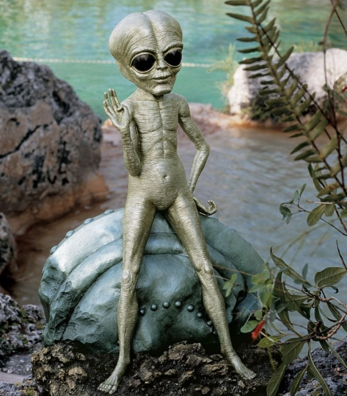 Roswell, the Alien Sculpture