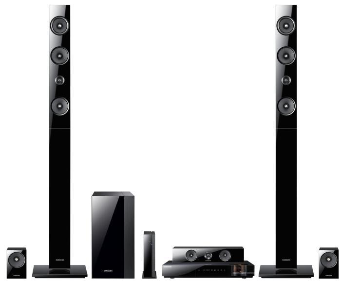 7.1 Channel 1330-Watt 3D Blu-Ray Home Theater System