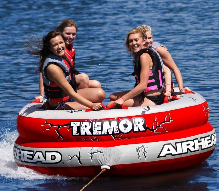 Airhead AHTM-4 Tremor 1-4 Person Towable Tube   Amazon.com   Automotive - PT01