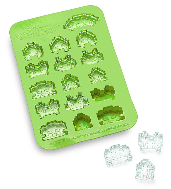 f394_space_invaders_ice_cube_tray
