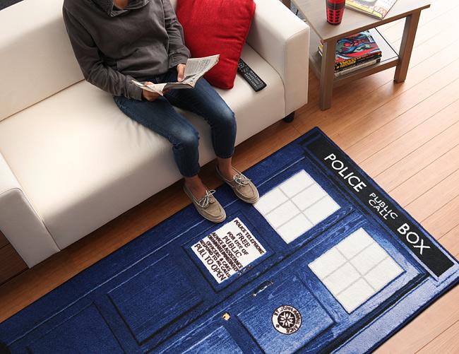 doctor_who_tardis_rugs_inuse