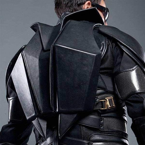 1234_batman_leather_backpack_bottom
