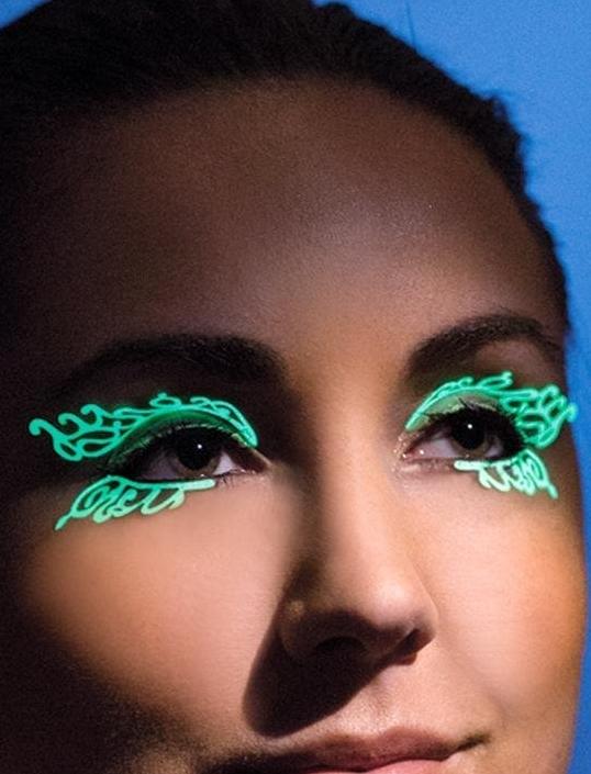Glow-in-the-Dark Double Swirl Eyelashes