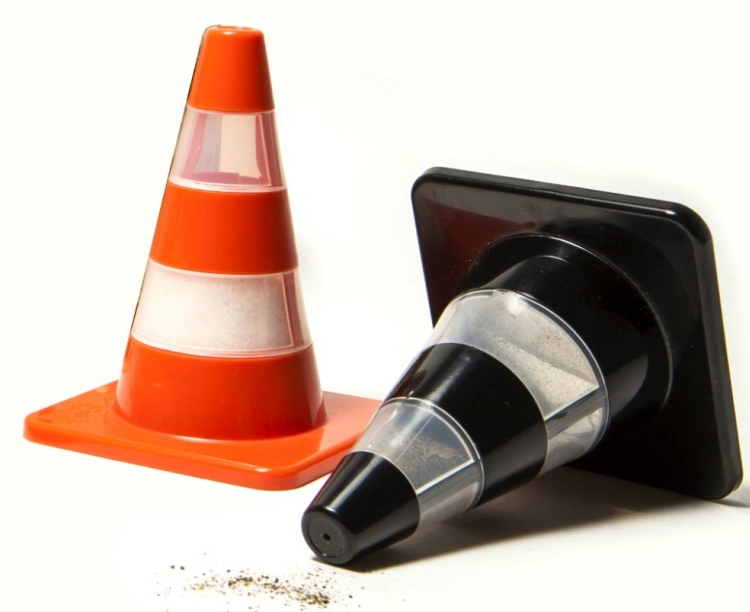 traffic-cone-salt-and-pepper-shakers-mocha