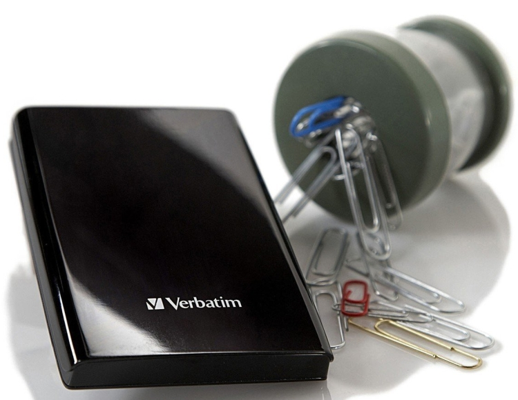 SuperSpeed 1 TB USB 3.0 Portable Hard Drive