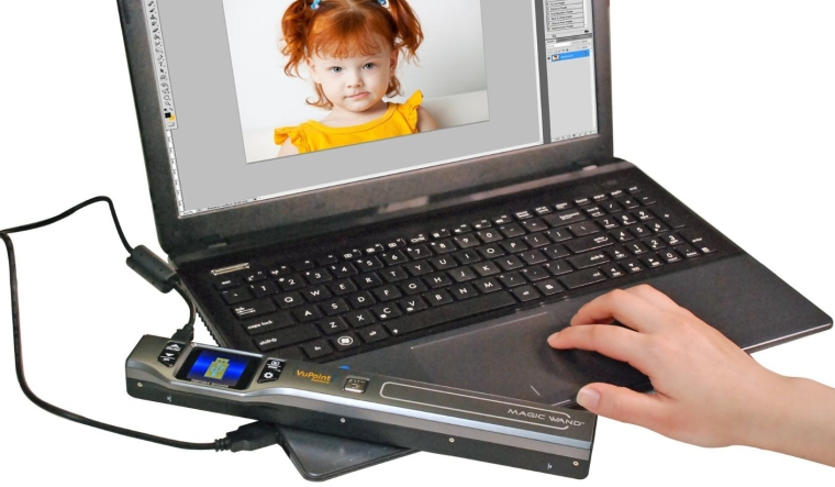 Magic Wand IV Portable Scanner with 1.5 Class Color Display (Black) arrying Case