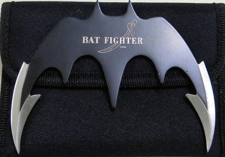 SHARP DOUBLE EDGE BATMAN FIGHTER