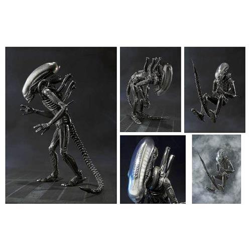 Alien Big Chap SH MonsterArts Action Figure