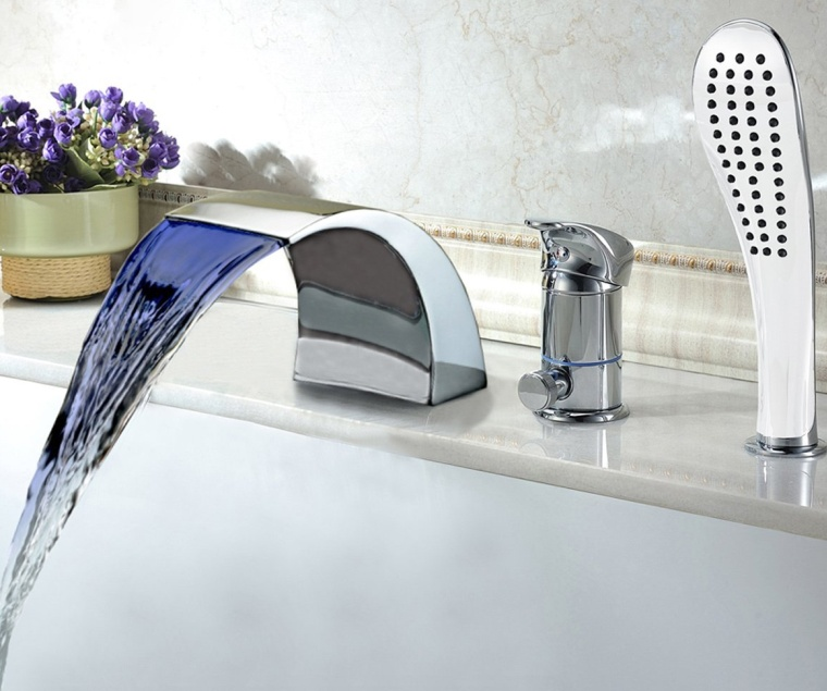 Modern Tubfaucet with Hand Shower