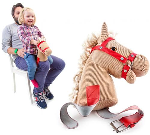 KNEE HORSEY