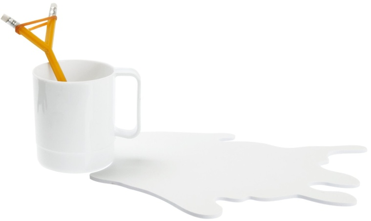 Wanted Spilled Milk Mouse Mat with Mug