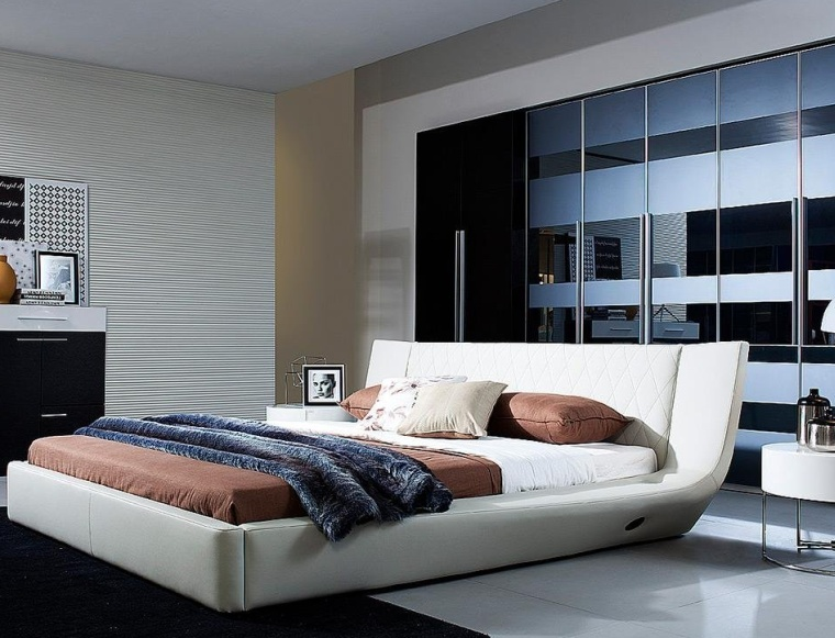 Queen Size Platform Bed With Built-in Sound Dock