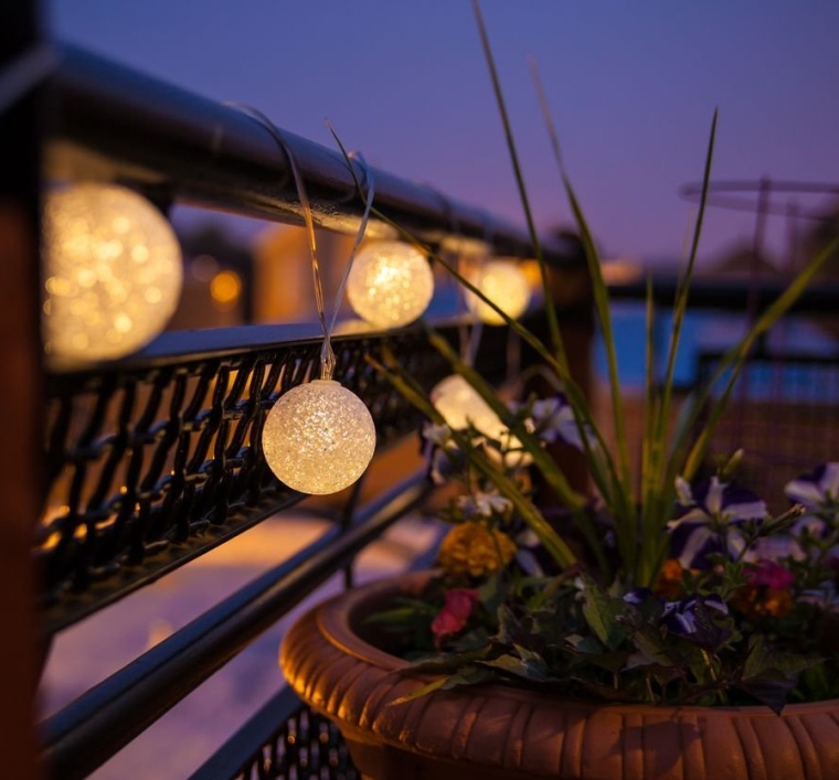 Luminous Glow Solar String Light