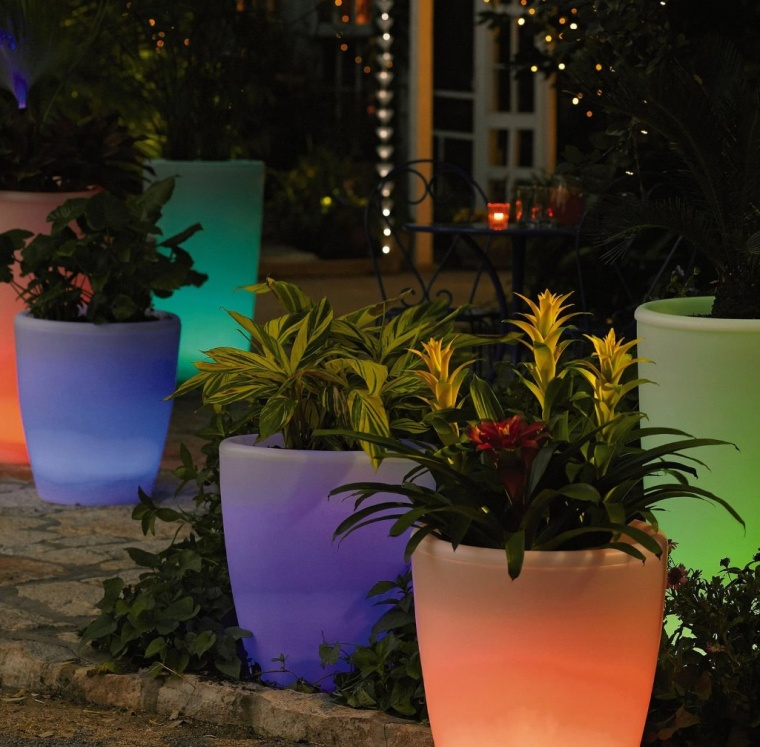 Solar Illuminated Planter