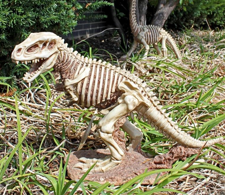 Jurassic T-Rex Raptor Dinosaur Statue