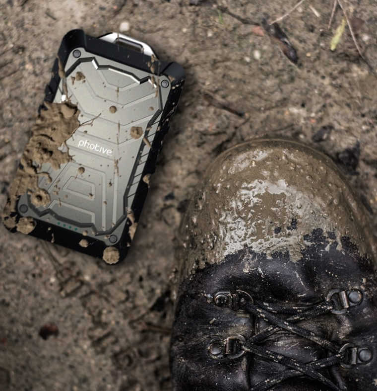 9000mAh Rugged and Water Resistant Portable External Battery Charger