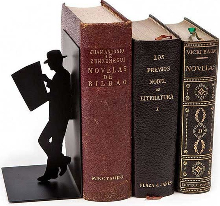 The Reader Bookend Black Metal