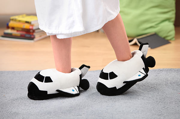 space_odyssey_shuttle_slippers_inuse
