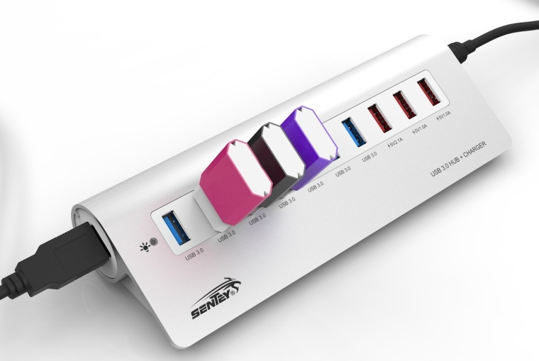Aluminium 7 Ports USB 3.0 Hub with Charging Ports