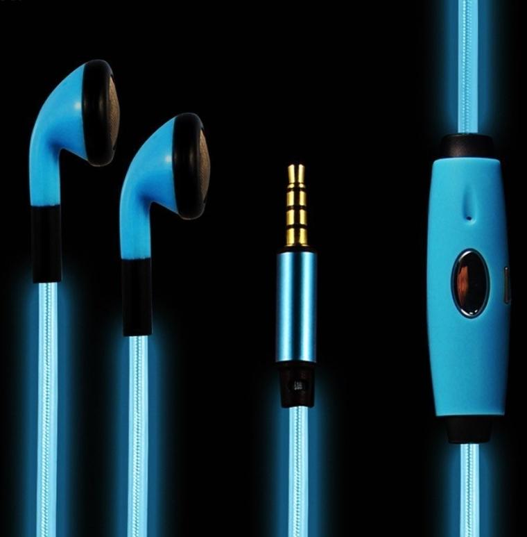 WolVol In-Ear Headphone Earphones with Microphone
