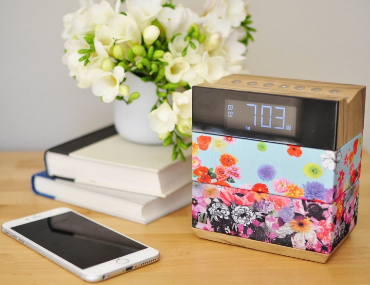 Soundfreaq SFQ-08NVF Flower Freaq Alarm Clock and Wireless Bluetooth Speaker