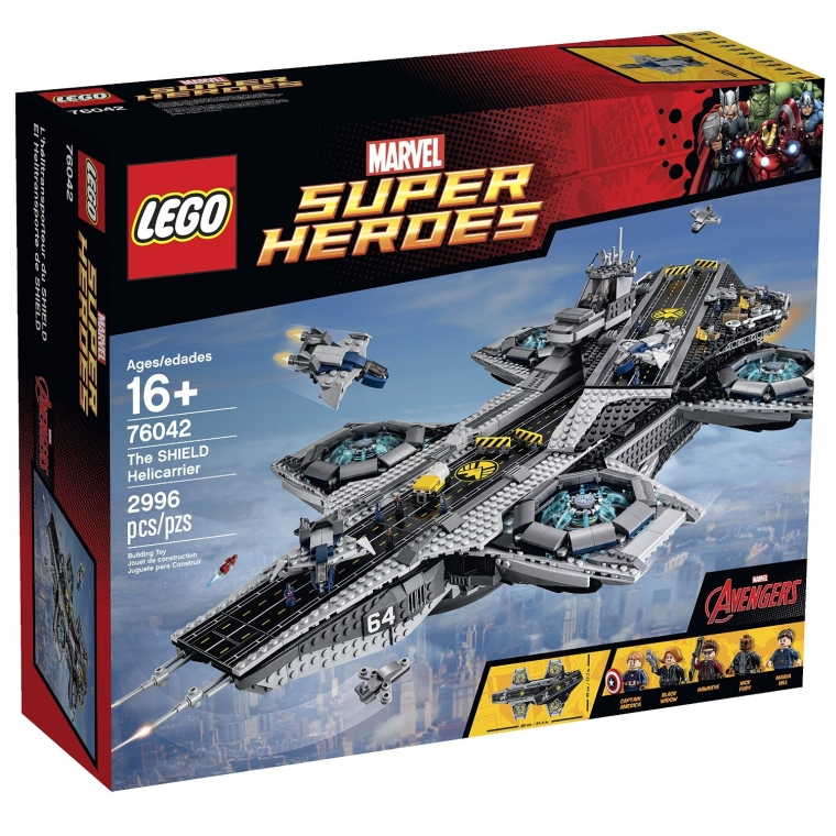 1LEGO Superheroes The Shield Helicarrier
