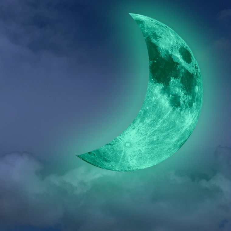 Hot Fashion Glow in the Dark Green Crescent Moon Wall Decals