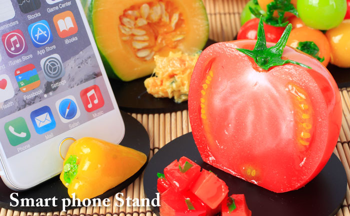 Realistic Food Sample Stand for Smartphone