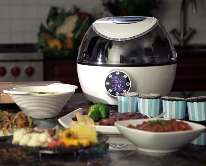 10-in-1 Programmable Multi Cooker with Exclusive Robotic Hands Free Stirrer