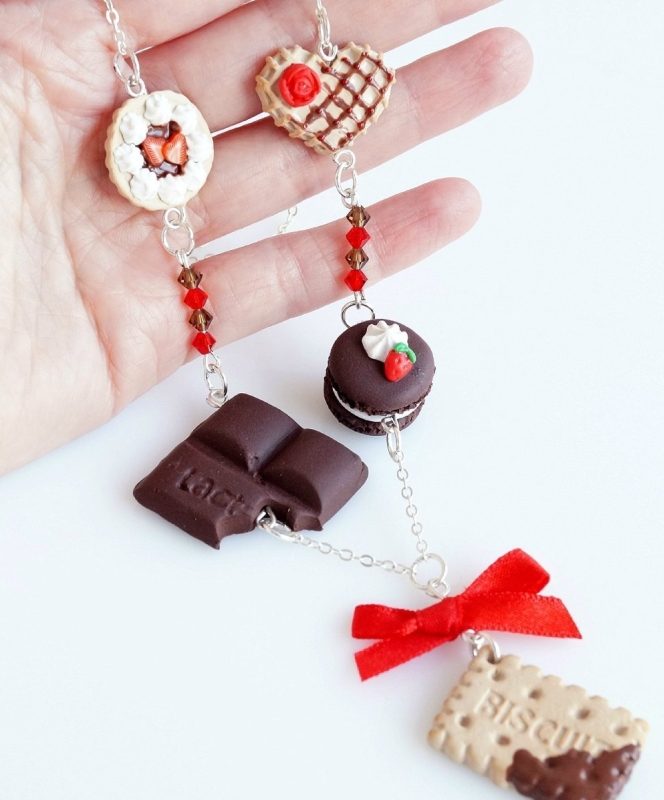 Mini Food Choco-Strawberry Sweets Necklace