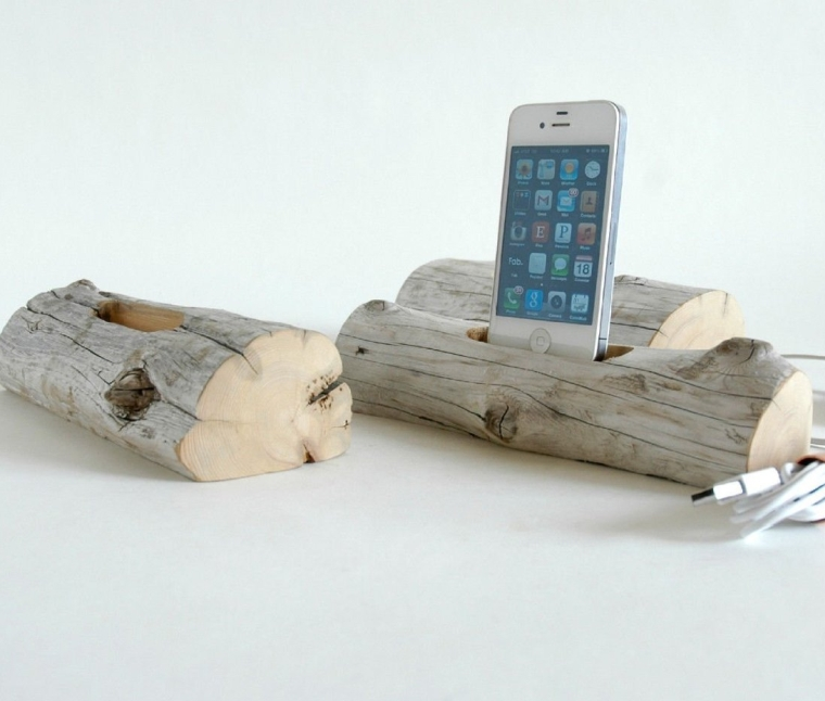 Driftwood Cell Phone Charging Station (iPhone 66+55C5S)