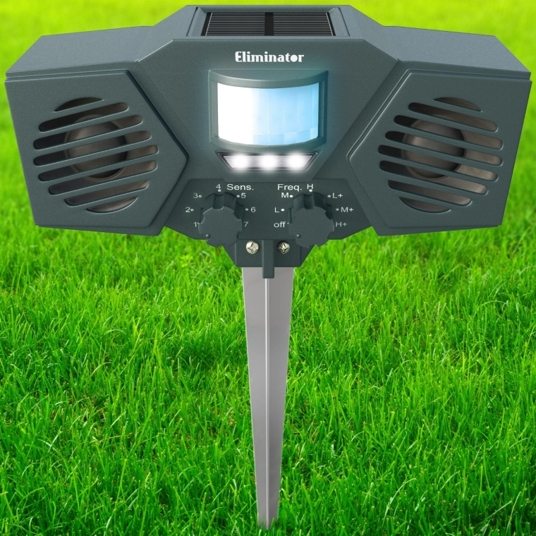 Eliminator™ Advanced Electronic Solar Energy Outdoor Animal and Rodent Pest Repeller